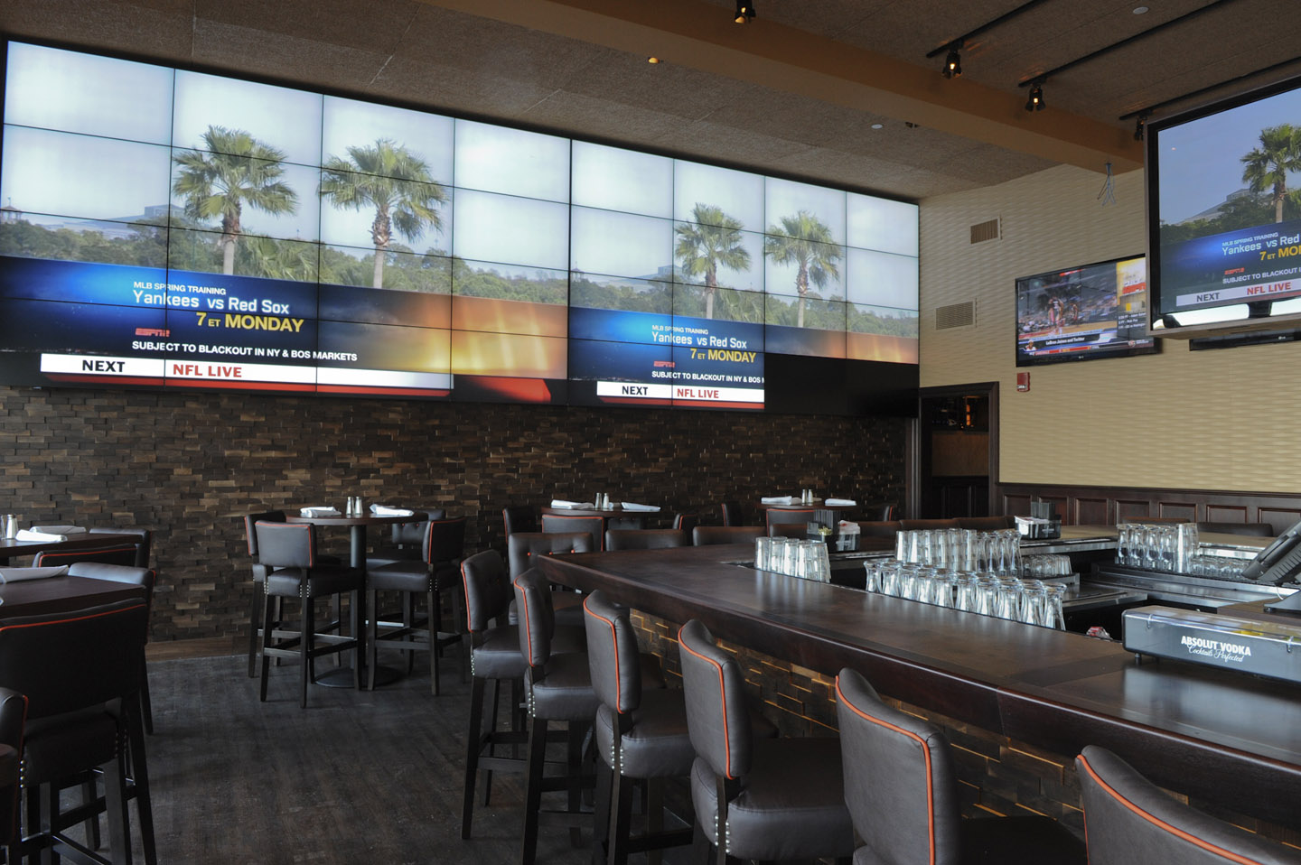 6 Sports Bar Interior Design Sports Bar Design The Open Air Design Leads To